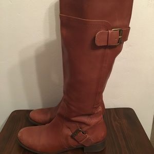 Cognac riding boots with buckles